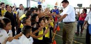 Inaugura el Gobernador de Yucatán la liga de fútbol «Pbro. Álvaro García Aguilar»