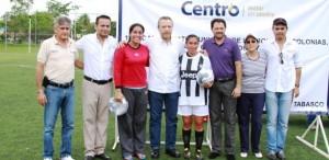 Premia Bertruy a ganadores de Campeonato de Fútbol en Centro