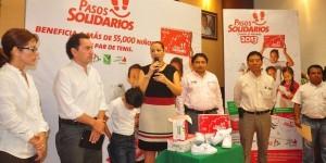 Pasos solidarios dará tenis a 55 mil niños en todo Campeche