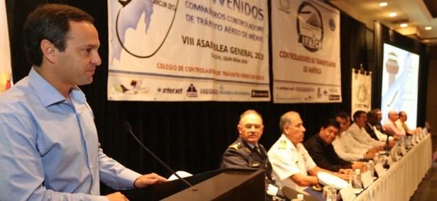 controladores aereos cancun