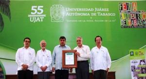 Otorga UJAT reconocimiento a El Colegio Nacional