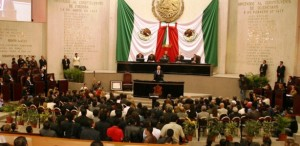 Legisladores listos para recibir el III informe del gobernador de Veracruz Javier Duarte