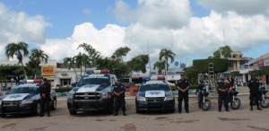 Entrega alcalde de Paraíso unidades de última generación a Seguridad Pública