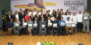Entregan en la UJAT el Premio Nacional de Periodismo 2012