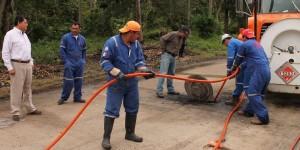 Supervisa alcalde trabajos de desazolve y limpieza de drenes en Paraíso