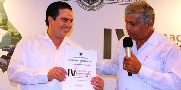 ALCALDE DE COATZA GARANTIZA ELECCIONES