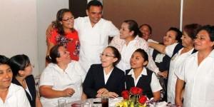 Conmemoran el Día de la Enfermera en Yucatán