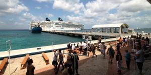 Recibirán Cozumel y Mahahual la visita de 93 mil cruceristas en una semana: APIQROO