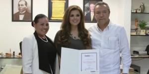 Oficialmente Elena Alcántara Embajadora de Centro