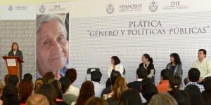 Javier Duarte y Karime Macías, impulsores de las políticas públicas y la equidad de género: IVM