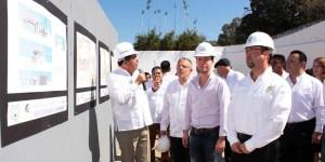 Colocan primera piedra para construcción del Centro Cultural Balún Canán de la Unach