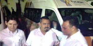 Entrega el Gobernador de Yucatán vehículos de traslado médico a 15 municipios