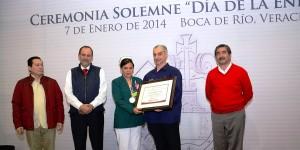 Entrega Secretaría de Salud de Veracruz Medalla al Mérito en Enfermería