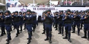 Comprometidos con sus familias y Veracruz, se gradúan cadetes de la Academia de El Lencero