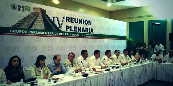 llega el srio de gobernacion a plenaria en yucatan