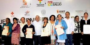 Otorgan Medalla del Mérito de Enfermería a profesoras de la UJAT