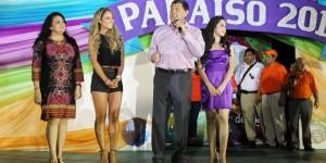 Colorido y diversión en el primer desfile de carros alegóricos carnaval de Paraíso 2014