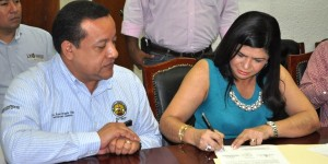 Apertura del Congreso en Tabasco ante pliego petitorio de trabajadores del SUTSET