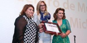 Adela Micha invita a seguir buscando la igualdad de oportunidades