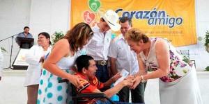 """Arranca en Huimanguillo entrega de apoyos de """"Corazón amigo"""""""
