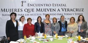 Tienen mujeres, responsabilidad de prepararse para ganar desde donde estén: Karime Macías