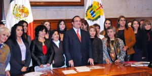 En Veracruz, igualdad para las mujeres, progreso para todos: Javier Duarte