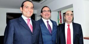 Se reúne el Gobernador Javier Duarte con  el titular de Hacienda y PGR