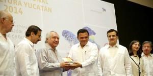 Inauguran tercera edición de la Feria Internacional de la Lectura Yucatán