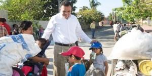 Niños reciclan con sus papás en San Antonio Kaua III Yucatán