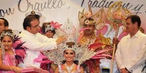 Corona el gobernador Javier Duarte a Marisol I, Reina del Carnaval 2014