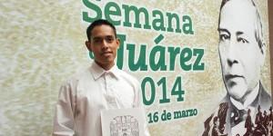 Gana Juan Torres Jiménez Concurso de Oratoria de la UJAT