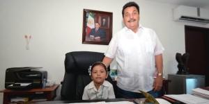 Sesiona Cabildo Infantil de Isla Mujeres 2014