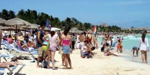 Playas de Campeche, Calkini y Carmen limpias para vacacionistas