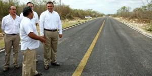 Continúa modernización de carreteras de Yucatán