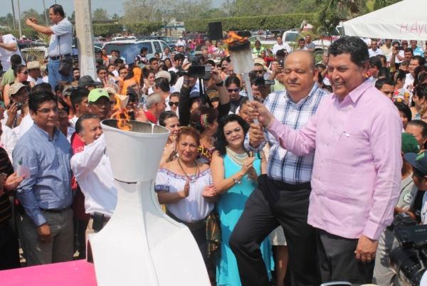 Inaugura alcalde máxima fiesta de los paraiseños   (1)