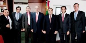 Productiva reunión del gobernador Roberto Borge con el titular de la SEMARNAT, Juan José Guerra Abud