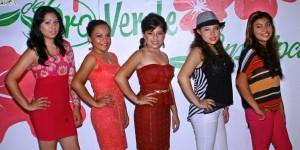 Se registran aspirantes al título Flor del Oro Verde de la Feria Teapa 2014