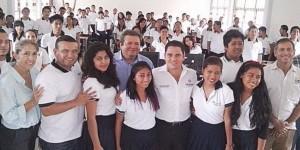 Entrega el BID estímulos económicos a estudiantes del CONALEP Playa del Carmen