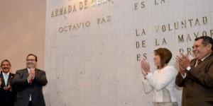 Devela gobernador Javier Duarte letras de oro del nombre de Octavio Paz en el Congreso de Veracruz