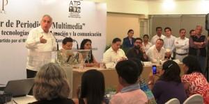 Reconoce Núñez esfuerzo de periodistas por capacitarse y profesionalizarse