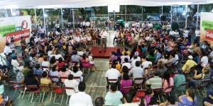 Atiende Zapata Bello personalmente necesidades de vecinos del Oriente