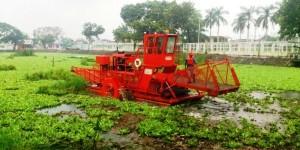 Instalan equipo extractor de basura y lirio acuático en Gaviotas Centro