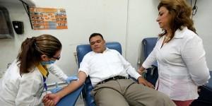 Se suma Gobernador de Yucatán a campaña nacional de donación de sangre