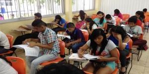 Aplican exámenes a más de 7 mil aspirantes a bachillerato en Quintana Roo