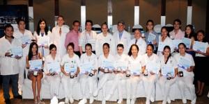 Ratifican UJAT y CERACOM compromiso con la calidad de profesionales médicos