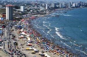 Llegan miles de familias a las playas veracruzanas