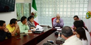 Otorgaran plazas federales Secretaría de Salud y sindicatos en Veracruz