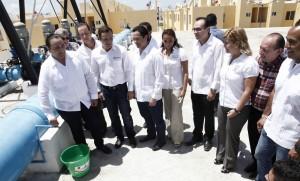 Inaugura el gobernador de Quintana Roo tanque de regulación de agua potable en Villas Otoch Paraíso