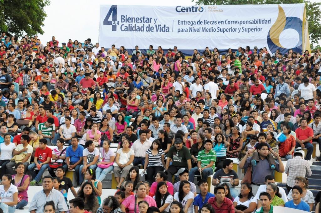 071213 Becas Entrega La Choca (46)