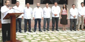 Conmemoran XXX aniversario de la autonomía universitaria de la UADY